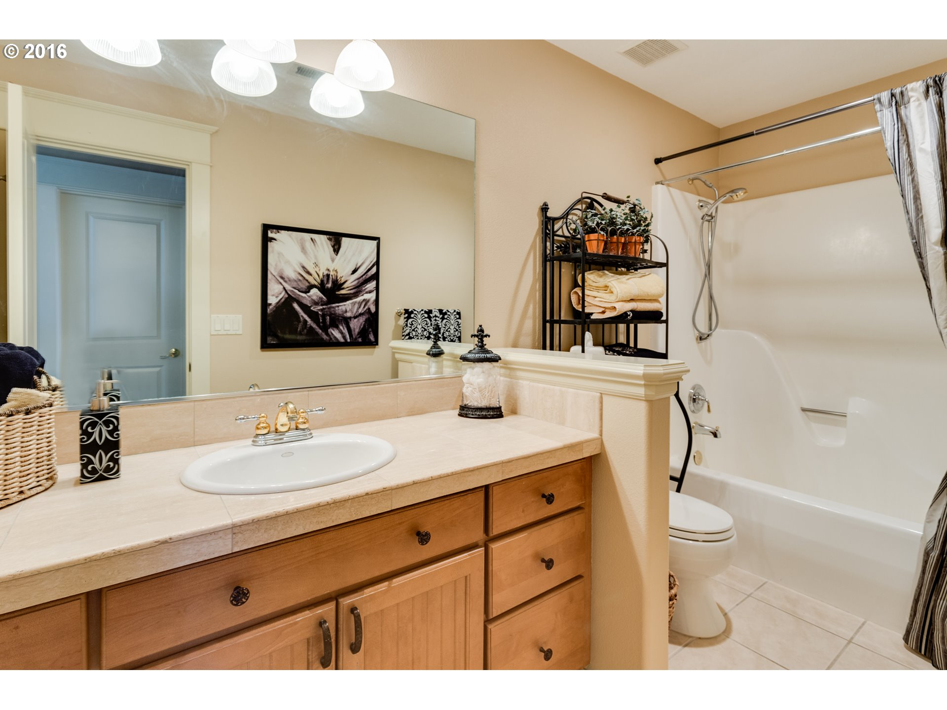 HALL BATHROOM MATT MORRIS 360-773-7333